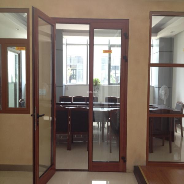 Puerta corredera de decorativo interior puerta doble for Puerta doble interior